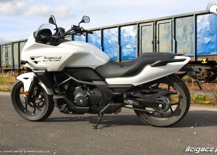 Nowa Honda CTX700 lewa strona