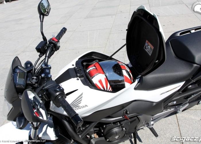 Bagaznik Honda NC750S