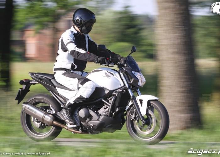 Honda NC750S ABS jazda