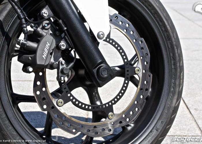 Honda NC750S hamulec