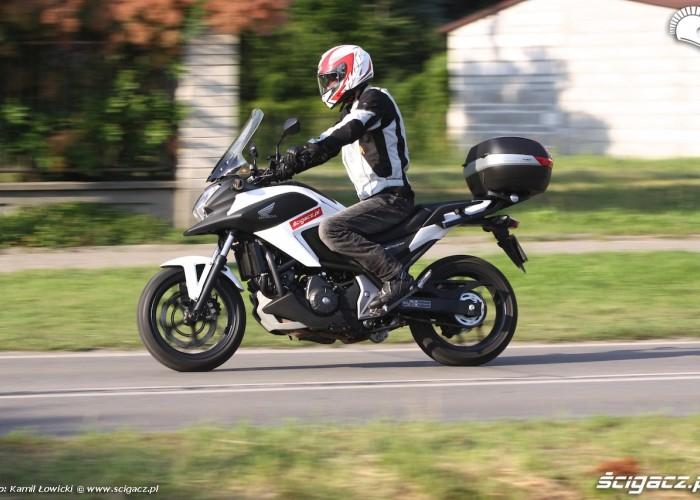 Honda NC 750 X 2014 lewy bok