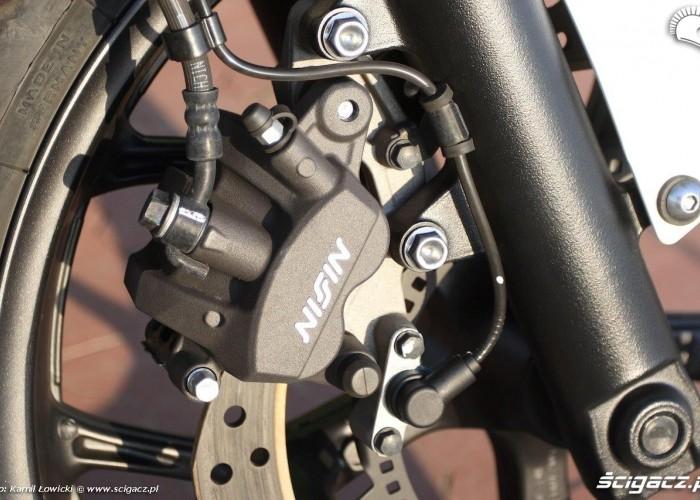 Honda NC 750 X zacisk