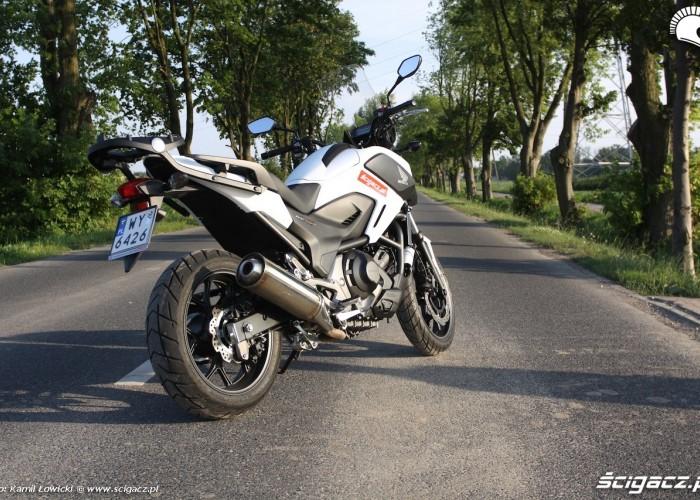 Na postoju Honda NC 750 X 2014