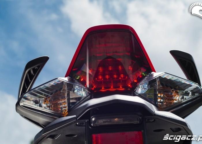 Lampa Honda VFR 800 2014