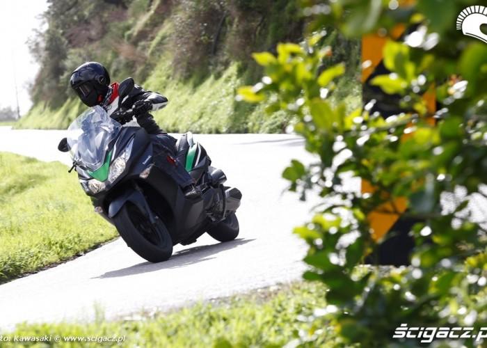 Na drodze Nowe Kawasaki J300 2014