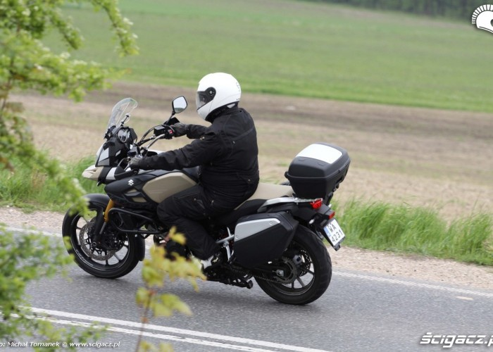 jazda Suzuki Vstrom1000