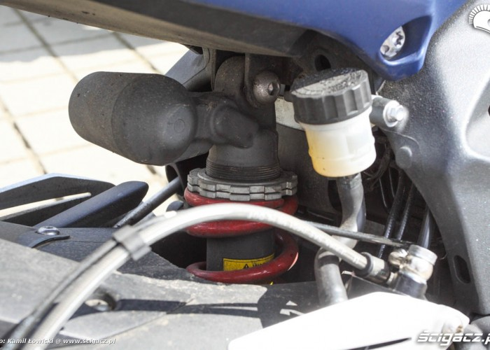 Daytona 675 amortyzator