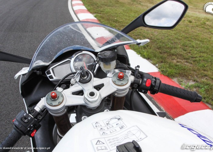 Daytona 675 zegary