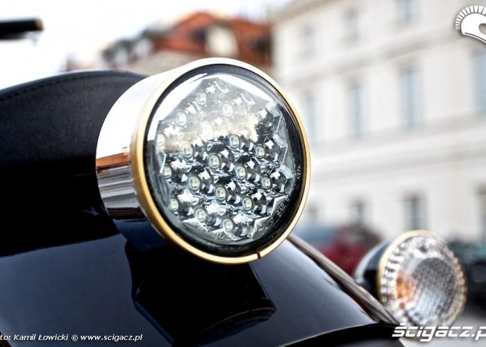 Tylna lampa Yamaha XV950 2014