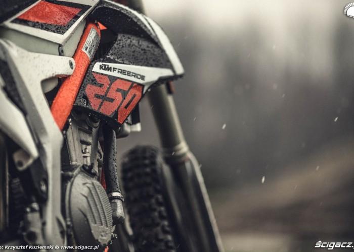 KTM Freeride 250F 2017 test motocykla 04