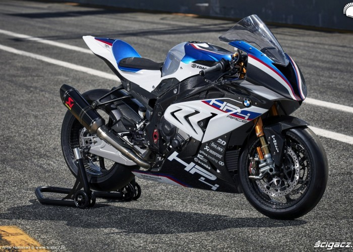 BMW HP4 Race 013