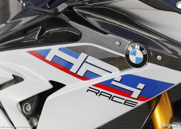 BMW HP4 Race 037