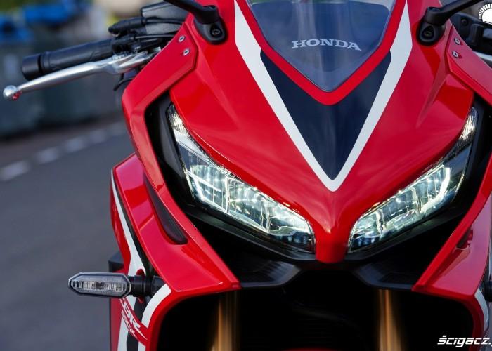 Honda CBR650R 2019 statyka 17
