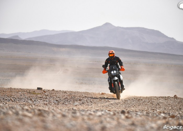KTM 790 Adventure off road 06