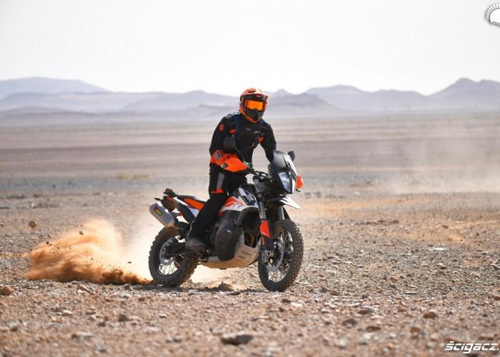 KTM 790 Adventure off road 21
