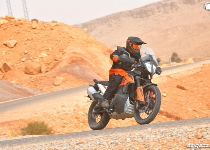 KTM 790 Adventure on road 02