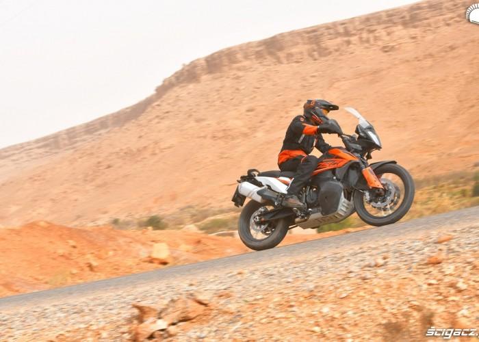 KTM 790 Adventure on road 06