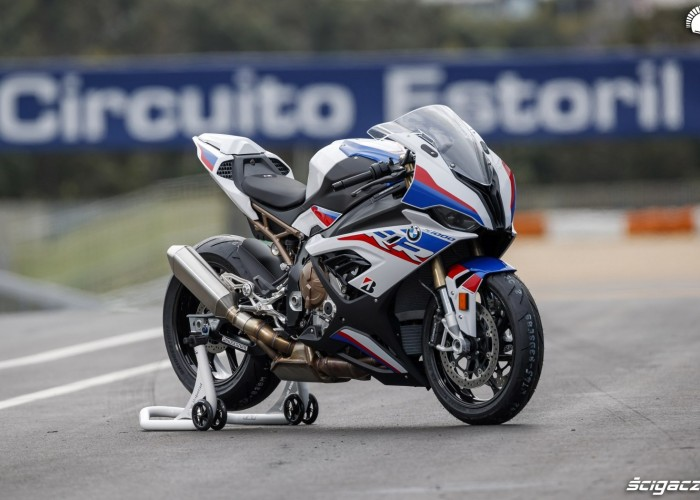 BMW S1000RR 2019 Estoril 01