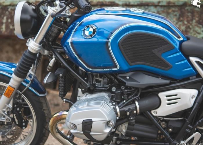 33 BMW RnineT5 09 zbiornik
