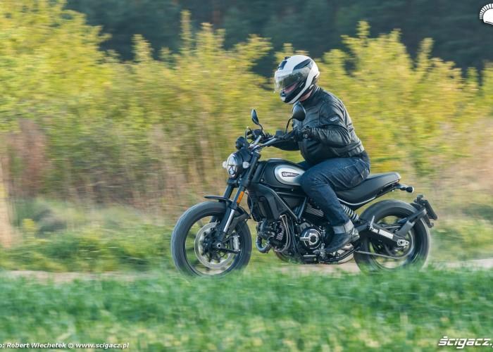 05 Ducati Scrambler 800 przyroda
