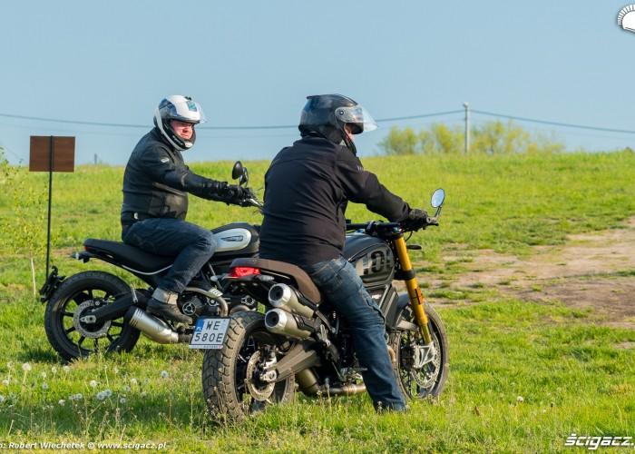 13 Ducati Scrambler 800 Ducati Scrambler 1100 na zielonym