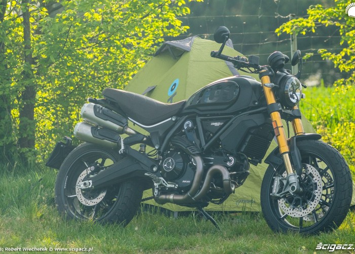 Ducati Scrambler 1100 plener