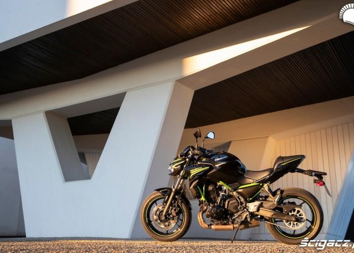Kawasaki Z650 2020 statyka2