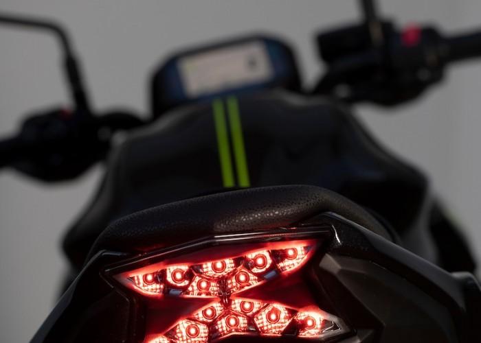 Kawasaki Z650 2020 tyl lampa