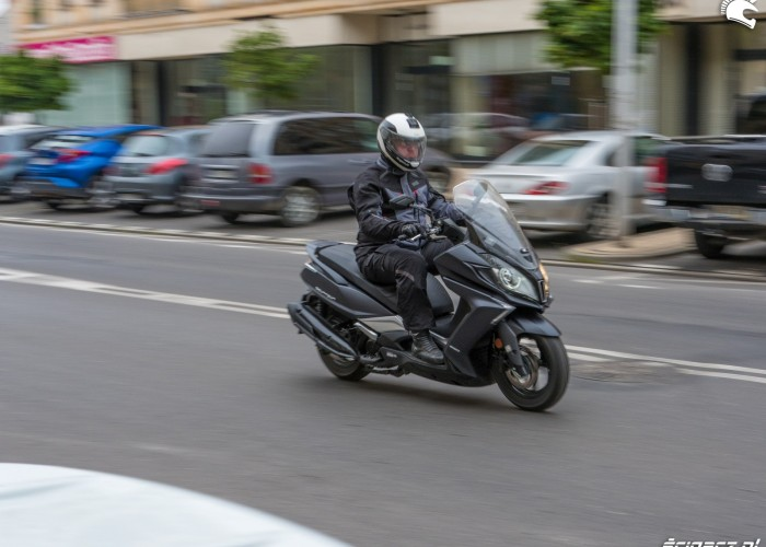 14 Kymco Downtown350 44 ruch
