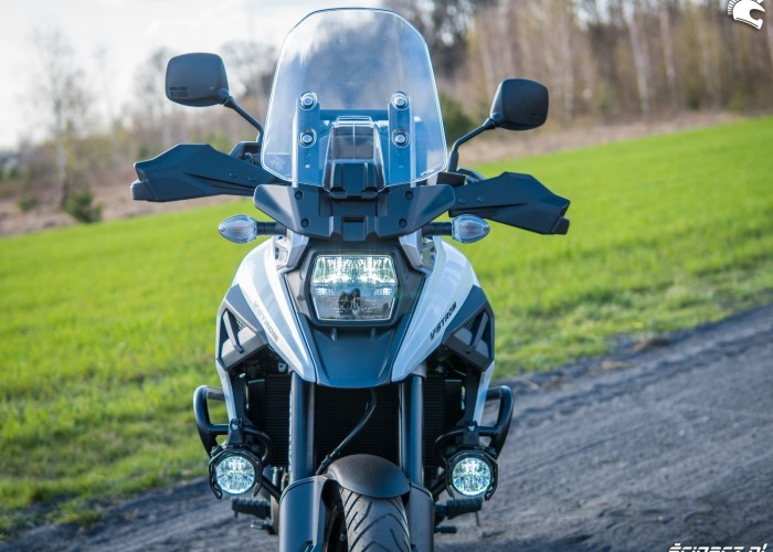 Suzuki VStrom 10150 10 front2