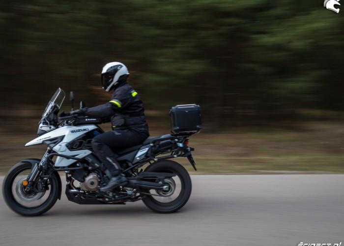 Suzuki VStrom 10150 37 przejazd