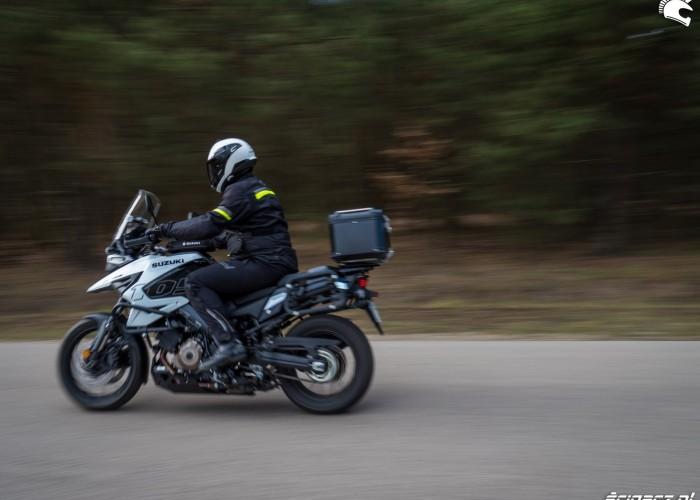 Suzuki VStrom 10150 38 przejazd