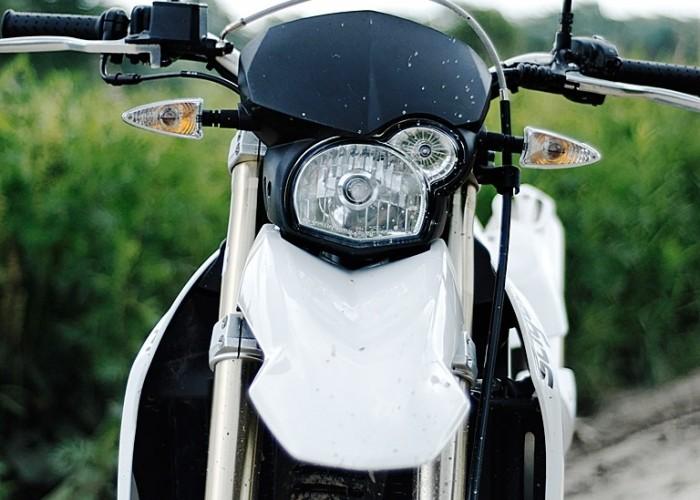 bmw 650 x challenge lampa przednia