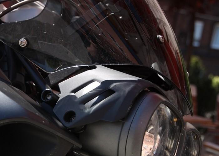 BMW K1300R przod mocowanie