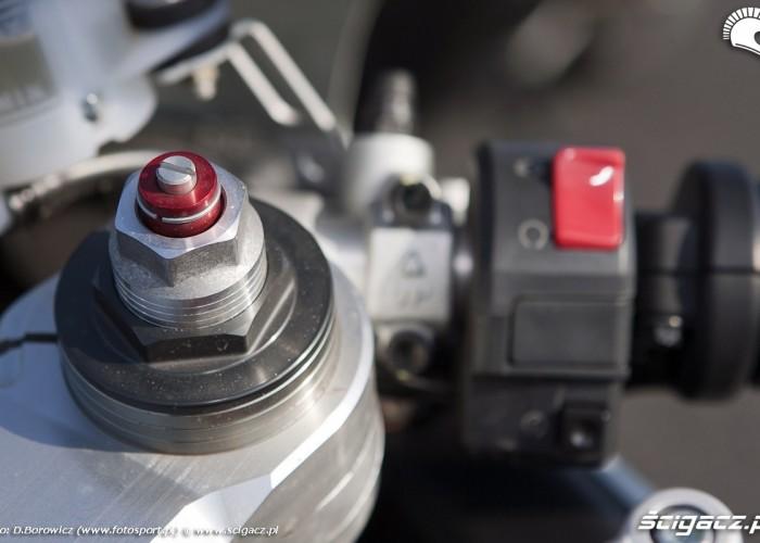 prawa manetka 848 evo ducati test 2011 poznan f1 26