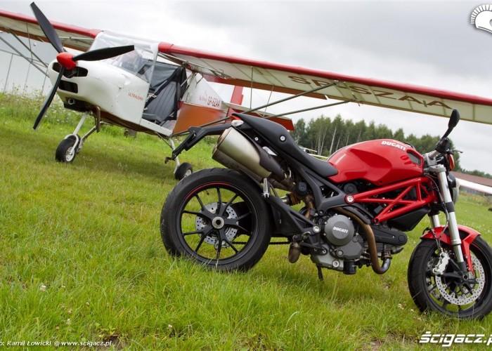 Sky Ranger profil bok Ducati Monster