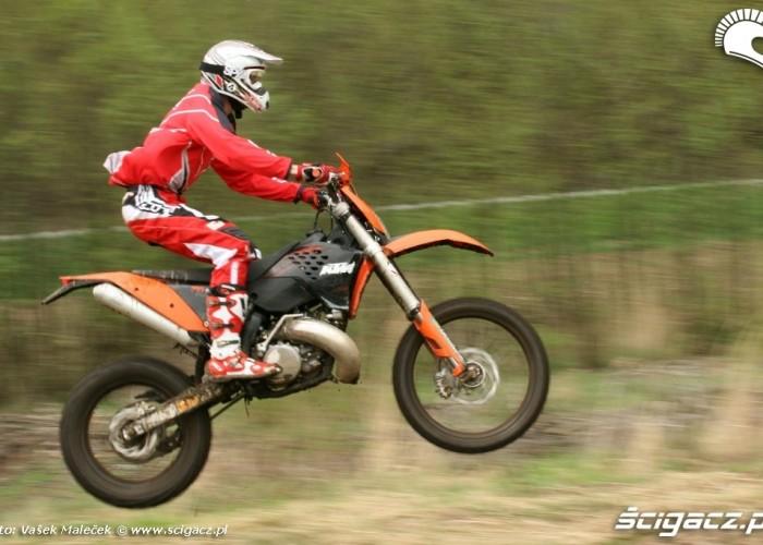 KTM 300EXC E wyskok