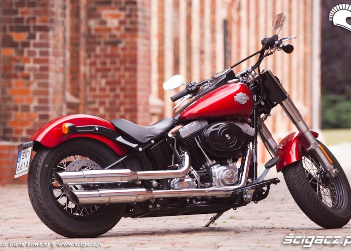 alejka bok Harley Davidson Softail Slim