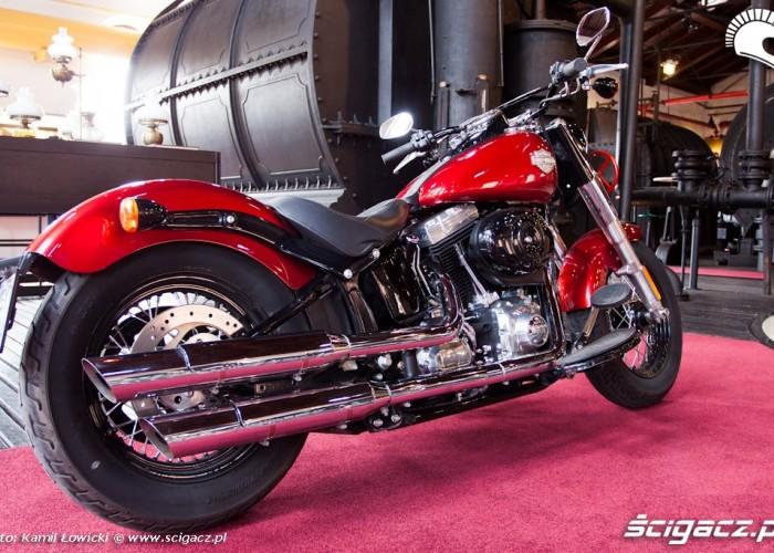 prawy tyl gazownia Harley Davidson Softail Slim