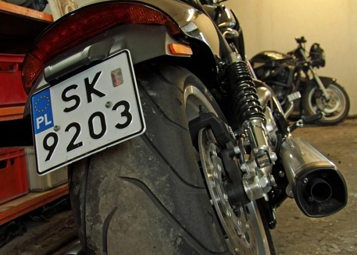 gruba opona Harley Davidson V Rod Muscle