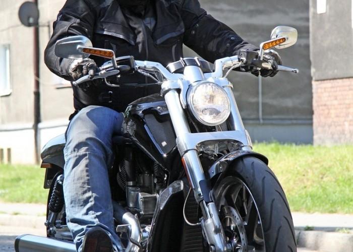 kostka przod Muscle V Rod Harley Davidson