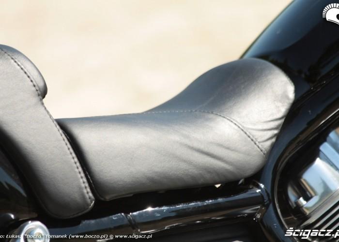 obszycie kanapy Harley Davidson V Rod Muscle