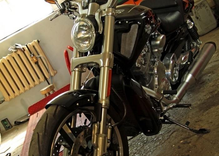 przod warsztat Harley Davidson V Rod Muscle