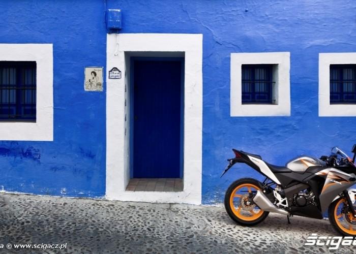 Parking Honda CBR125 2011