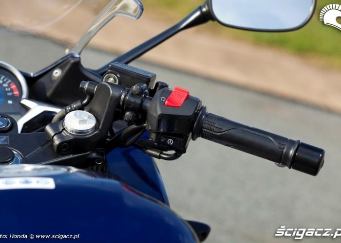 Honda CBR250R 2011 prawa kierownica