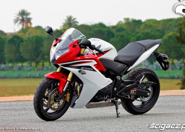 Honda CBR600F lewy bok