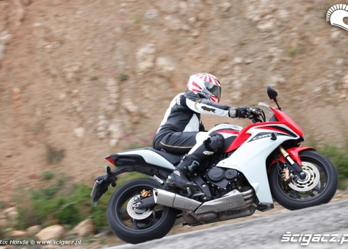 Honda CBR600F w ruchu