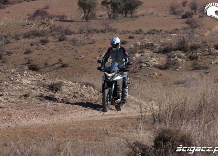 Polna droga Honda CrossToure YM12
