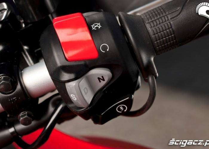 Prawa manetka Honda CrossTourer 2012