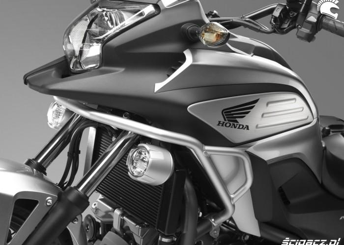 Halogeny Honda NC700X